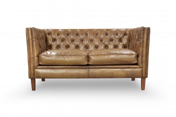 Pure Sofa Loke mit Sitzkissen und Knopfsteppung